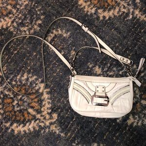White Small Guess Cross Body Purse